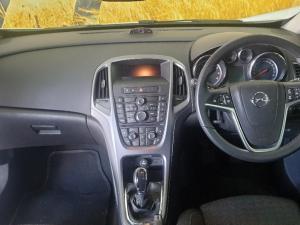 Opel Astra 1.4 Turbo Enjoy - Image 12