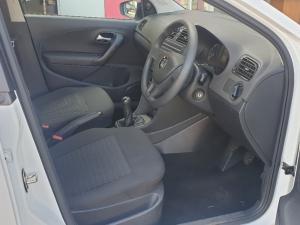 Volkswagen Polo Vivo 5-door 1.4 Trendline - Image 5