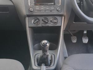 Volkswagen Polo Vivo 5-door 1.4 Trendline - Image 7