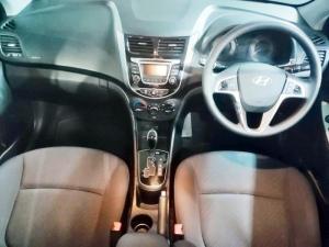 Hyundai Accent 1.6 GLS auto - Image 10