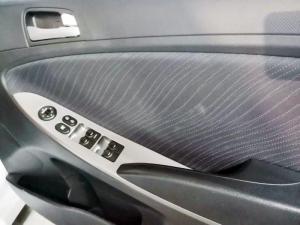 Hyundai Accent 1.6 GLS auto - Image 15
