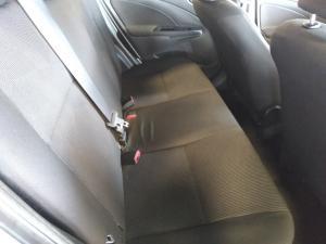 Toyota Etios hatch 1.5 Xs - Image 13