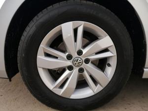 Volkswagen Polo 1.0 TSI Comfortline - Image 17