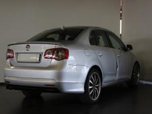 Volkswagen Jetta 1.4TSI Comfortline - Image 3