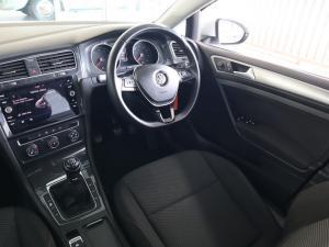Volkswagen Golf 1.0TSI Trendline - Image 11