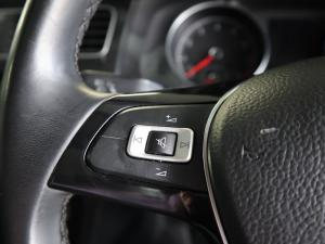Volkswagen Golf 1.0TSI Trendline - Image 23