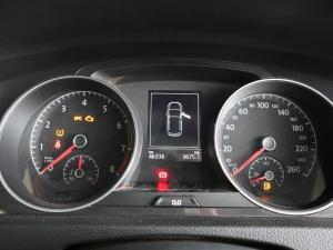 Volkswagen Golf 1.0TSI Trendline - Image 25