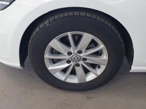 Volkswagen Golf 1.0TSI Trendline - Image 30
