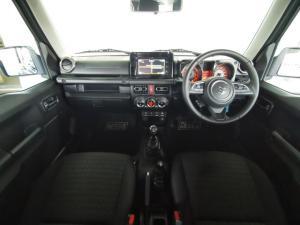 Suzuki Jimny 1.5 GLX AllGrip - Image 15