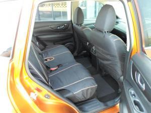 Nissan X Trail 2.5 Acenta 4X4 CVT - Image 10