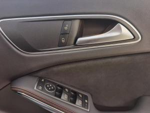 Mercedes-Benz GLA 200 automatic - Image 17