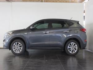 Hyundai Tucson 2.0 Premium - Image 2