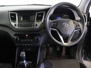 Hyundai Tucson 2.0 Premium - Image 8