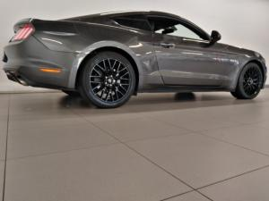Ford Mustang 5.0 GT fastback auto - Image 19
