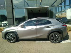 Lexus UX 250h EX - Image 10