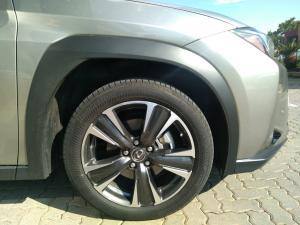 Lexus UX 250h EX - Image 11