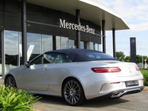 Mercedes-Benz E 300 Cabriolet - Image 11