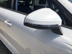 Audi A4 35TFSI Advanced line - Image 17