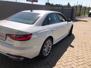 Audi A4 35TFSI Advanced line - Image 2