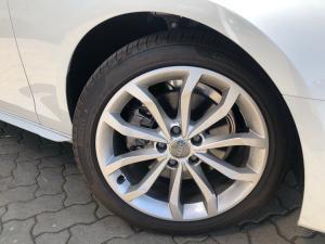 Audi A4 35TFSI Advanced line - Image 7