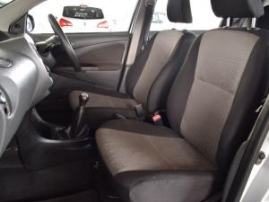 Toyota Etios hatch 1.5 Xs - Image 14