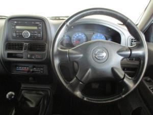 Nissan Hardbody NP300 2.5 TDi HI-RIDERD/C - Image 2