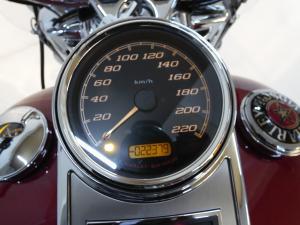 Harley Davidson Road King Classic - Image 9