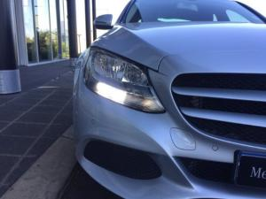 Mercedes-Benz C220 Bluetec automatic - Image 11