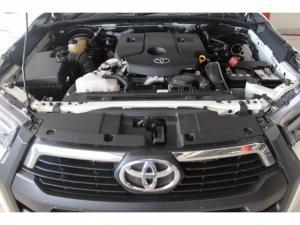 Toyota Hilux 2.8 GD-6 RB LegendD/C - Image 12