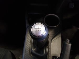 Toyota RAV4 2.0 GX - Image 15