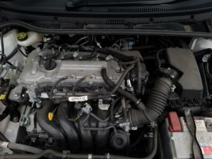 Toyota Corolla Quest 1.8 auto - Image 17
