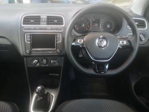Volkswagen Polo sedan 1.6 Comfortline - Image 11