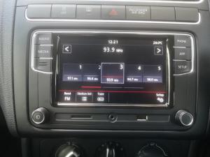 Volkswagen Polo sedan 1.6 Comfortline - Image 12