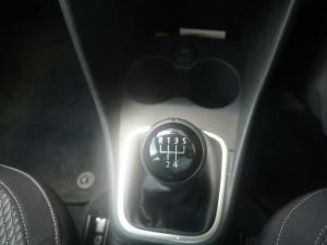 Volkswagen Polo sedan 1.6 Comfortline - Image 14