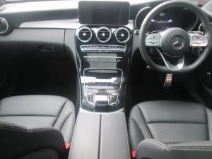 Mercedes-Benz C200 automatic - Image 11