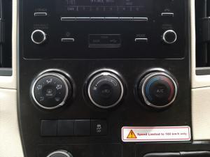 Toyota Quantum 2.8 LWB bus 11-seater GL - Image 13