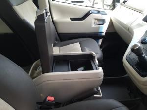 Toyota Quantum 2.8 LWB bus 11-seater GL - Image 16