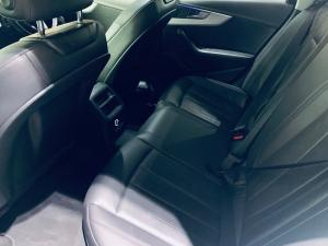 Audi A4 2.0TDI - Image 8