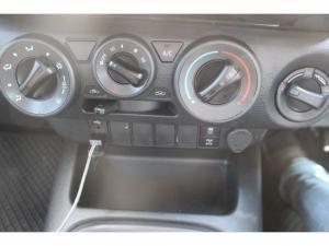 Toyota Hilux 2.4 GD-6 Raider 4X4D/C - Image 20