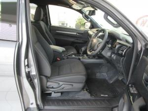 Toyota Hilux 2.8 GD-6 RB Legend automaticE/CAB - Image 11