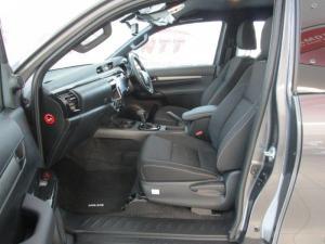 Toyota Hilux 2.8 GD-6 RB Legend automaticE/CAB - Image 9