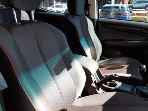 Isuzu D-Max 250 double cab Hi-Ride - Image 13