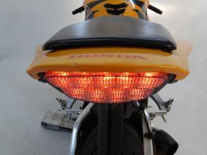 Honda CBR 1000RR Fireblade - Image 8
