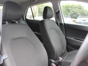 Hyundai Grand i10 1.0 Fluid - Image 9
