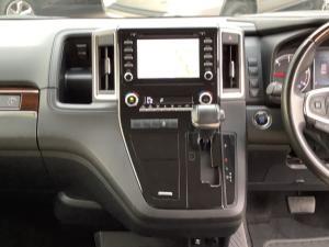 Toyota Quantum 2.8 LWB bus 9-seater VX Premium - Image 12