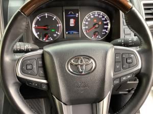 Toyota Quantum 2.8 LWB bus 9-seater VX Premium - Image 13