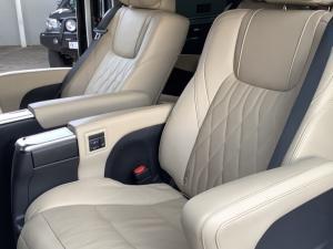 Toyota Quantum 2.8 LWB bus 9-seater VX Premium - Image 14