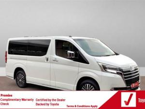 Toyota Quantum 2.8 LWB bus 9-seater VX Premium - Image 1