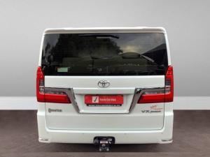 Toyota Quantum 2.8 LWB bus 9-seater VX Premium - Image 4
