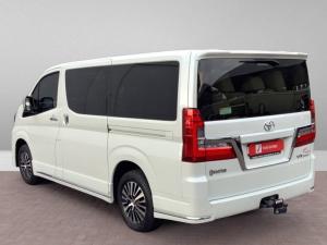 Toyota Quantum 2.8 LWB bus 9-seater VX Premium - Image 5